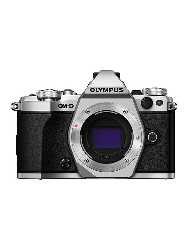 Olympus Cámara OM-D E-M5 Mark II Cuerpo Plata - E-M5 Mark II: Adiós a las imágenes borrosas. Imágenes perfectas con la estabilización de imagen más potente del mercado. Fotos y vídeos nítidos incluso con poca luz y sin trípode. La estabilización en 5 ejes VCM compensa todo tipo de movimiento de la cámara. Incluso permite ofrecer una imagen óptima en el visor para mayor estabilidad en el encuadre.