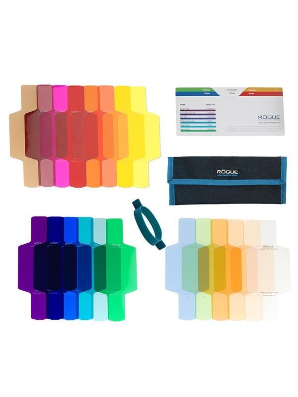Rogue Kit 20 Filtros Color y Correctores p/ Flash - Los filtros para iluminar con colores (geles) se utilizan a menudo para potenciar las luces, o para añadir color dramático a los fondos o las partes seleccionadas de una escena para efectos artísticos. Los filtros de corrección, se utilizan normalmente para ajustar la temperatura de color de un flash para adaptarse mejor a otras fuentes de luz, o para mejorar el equilibrio general del color de una imagen.