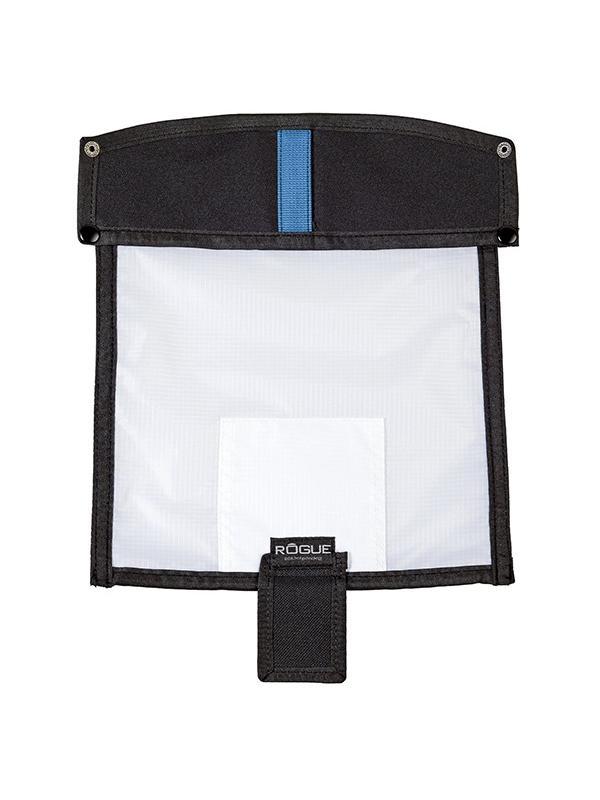 Rogue Panel Difusor Large 229 x 203 mm - El Rogue difusor grande, convierte el Reflector FlashBender grande (se vende por separado) en una ligera y de bajo perfil softbox para el uso con flashes.  El Rogue difusor grande se ancla rápidamente al reflector FlashBender Large Reflector usando el gancho y lazo cosido a lo largo de los bordes de cada panel.