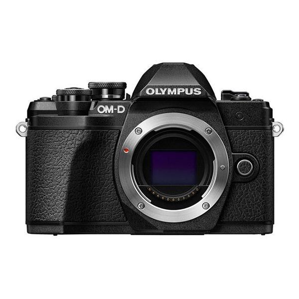 Olympus Camara E-M10 Mark III cuerpo Negro - Hazte con la nueva OM-D E-M10 Mark III y comparte tus  experiencias del mundo con imágenes y vídeos de gran definición. Recuerdos de paisajes espectaculares, escenarios urbanos y fascinantes vistas de todo el mundo: captúralos todos con una calidad impresionante con solo tocar un botón. La OM-D E-M10 Mark III es una cámara ligera que está lista para adaptarse a tu estilo de vida y acompañarte a todas partes. Además, su estilo moderno-clásico la hará destacar del resto.