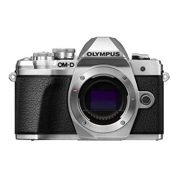 Olympus Camara E-M10 Mark III cuerpo Plata - Hazte con la nueva OM-D E-M10 Mark III y comparte tus  experiencias del mundo con imágenes y vídeos de gran definición. Recuerdos de paisajes espectaculares, escenarios urbanos y fascinantes vistas de todo el mundo: captúralos todos con una calidad impresionante con solo tocar un botón. La OM-D E-M10 Mark III es una cámara ligera que está lista para adaptarse a tu estilo de vida y acompañarte a todas partes. Además, su estilo moderno-clásico la hará destacar del resto.